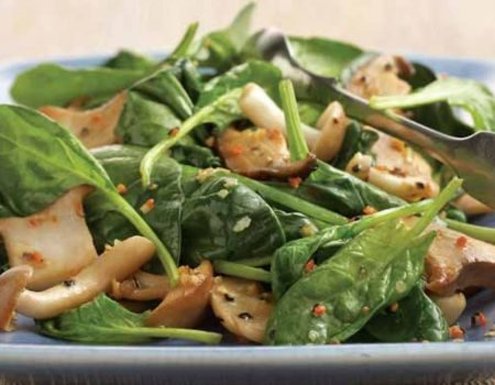 Image of Sautéed Spinach and Mushrooms